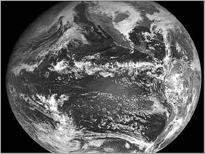 ITCZ op een satellietfoto