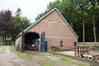 De oude koestal voor verbouwing tot Wijnhuis