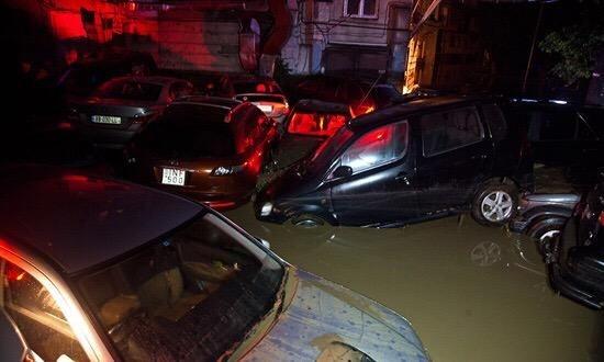1528_overstromingen_tblisi_2.jpg